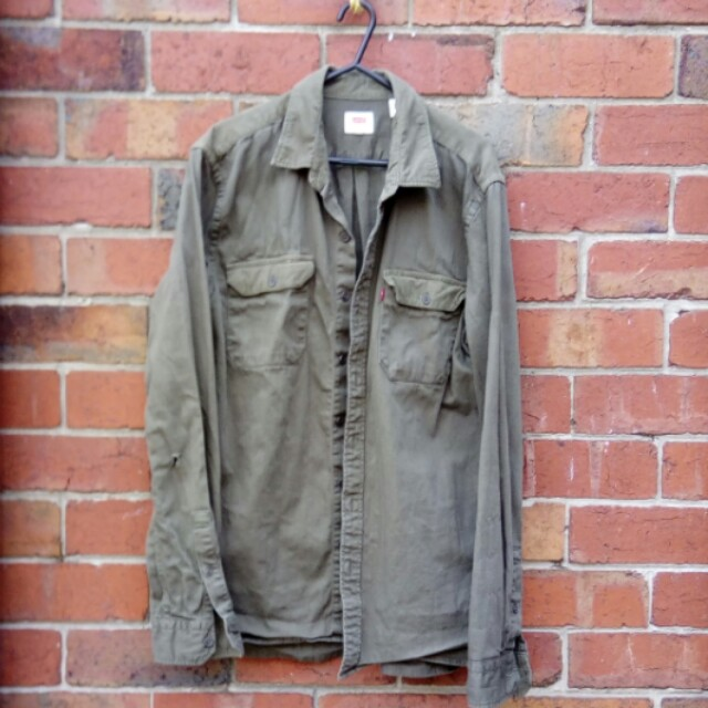 Levis Corduroy/Cotton mix shirt | Size M