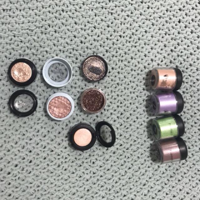 Makeup eyeshadows loose pigments