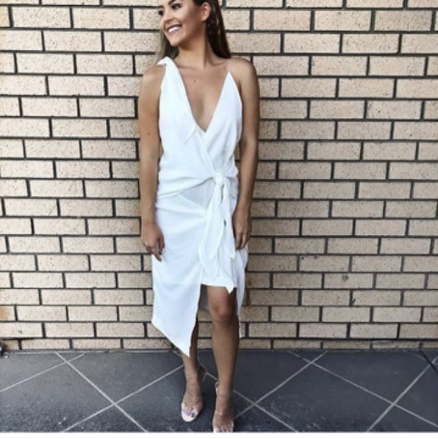 Maurie and eve knot Dress