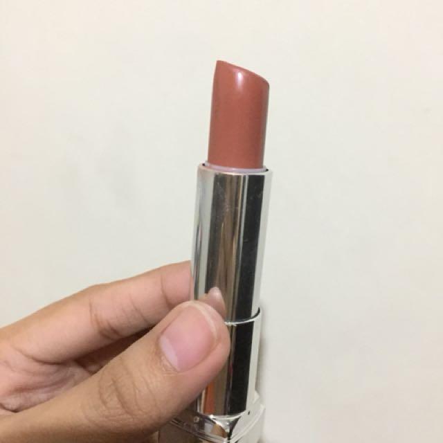 Maybelline lipstick in Clay Crush