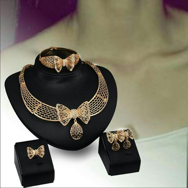 Necklace Earrings Bracelet Ring Set Accessories