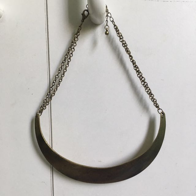 ~NEVER USED~ Sportsgirl Gold Necklace