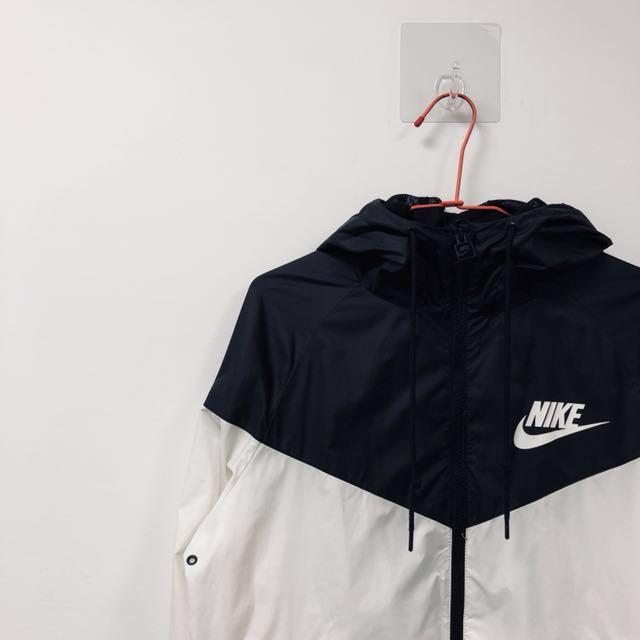 Nike 黑白 經典 外套 風行者 防風 防水 慢跑 健身 #新春八折