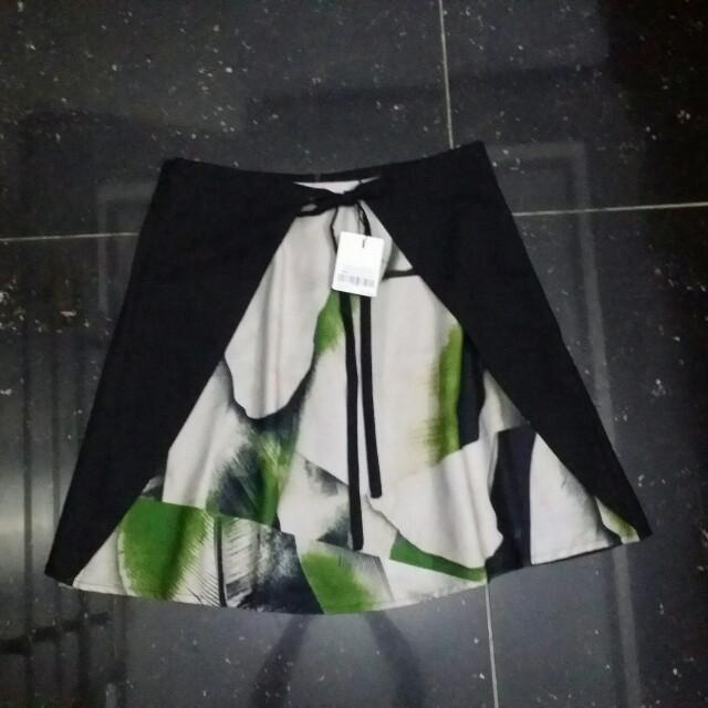 Plains and Prints Kasper skirt