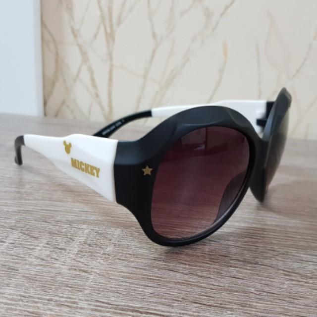 Preloved COOL Disney Mickey Kids Sunglasses