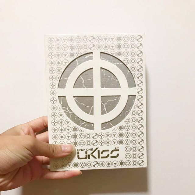 [REDUCED]UKISS ONLY ONE