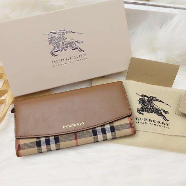 Rush Sale!! Burberry Wallet!