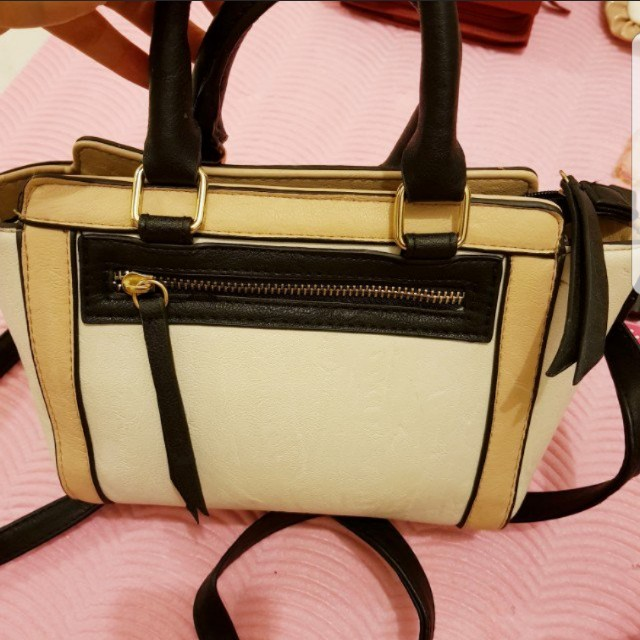 strappy side bag