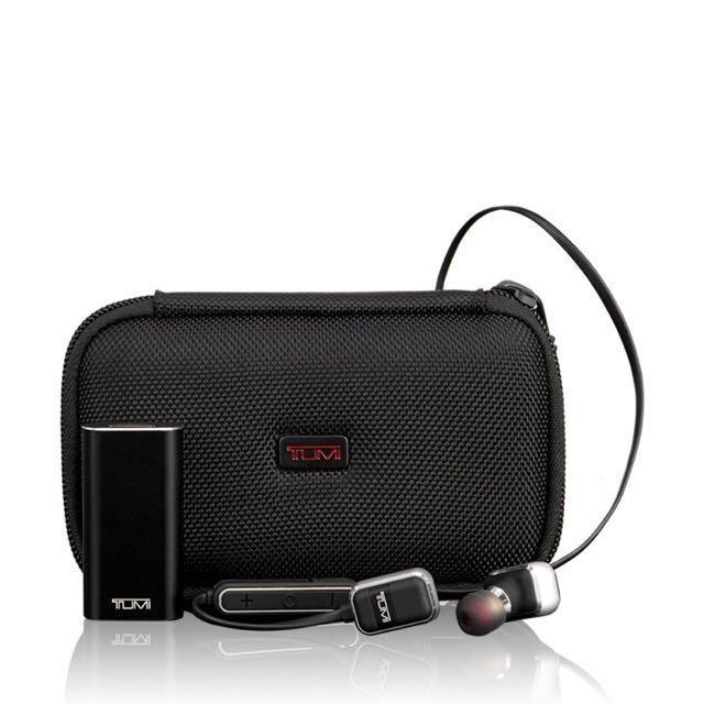 Tumi Wireless Earbuds, SN 114300DGM