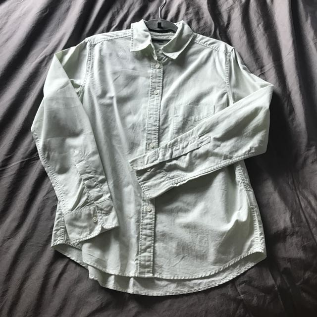Uniqlo oxford button-down shirt