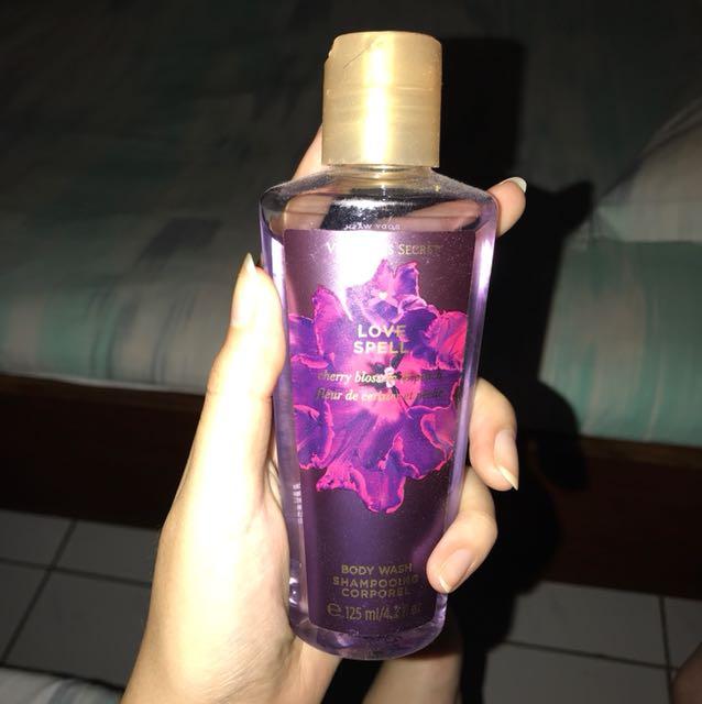 Victoria's Secret Body Wash Love Spell