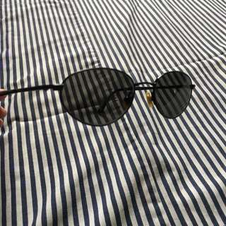 (AUTHENTIC + FREE SHIPPING) Ralph Lauren Vintage Sunglasses