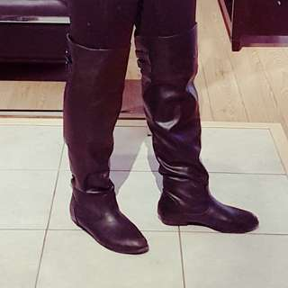 Knee High Size 7 Boots