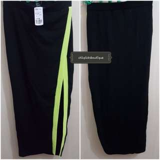 Authentic Forever 21 Long high slit sexy Black and lime Skirt from Japan