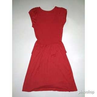 Dress merah lucu
