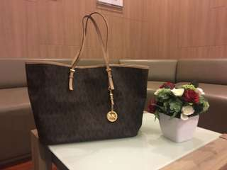 """Beli: 4jtan 