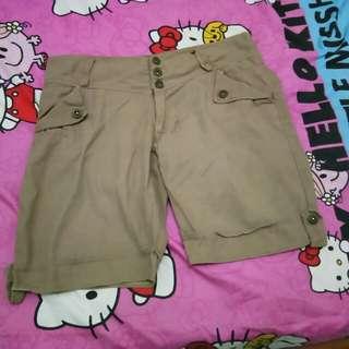 #CNY2018 celana pendek wanita mocca