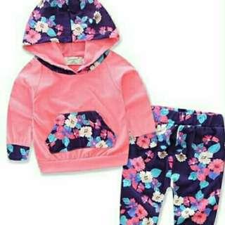 Floral pyjamas with hoodie