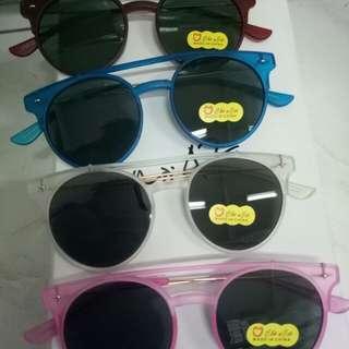 Kacamata anak²