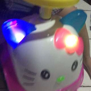 Hello Kitty Car Big With Sound Lights