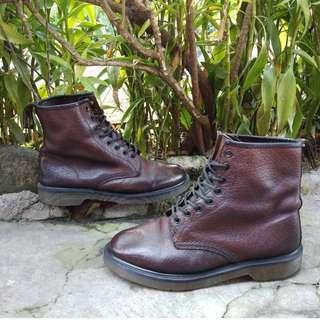 Dr. Marteen boots