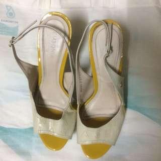 Sembonia heels