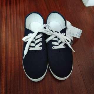 藍色帆布鞋24號