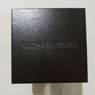Michael Kors watch box