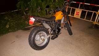 Yamaha solo 200cc year 2001