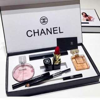 Chanel 5in1 Make Up Set