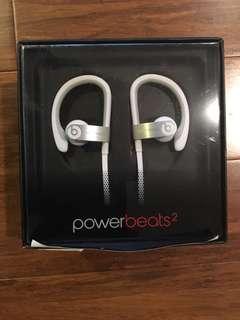 Powerbeats 2 headphones (White )