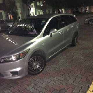 Honda stream 1.8 for Rent