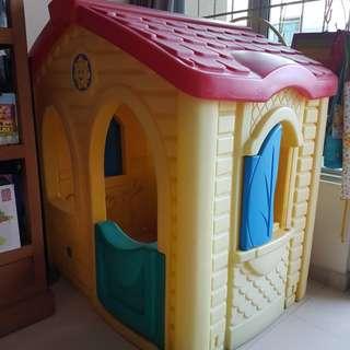 Step 2 pretend toy play house