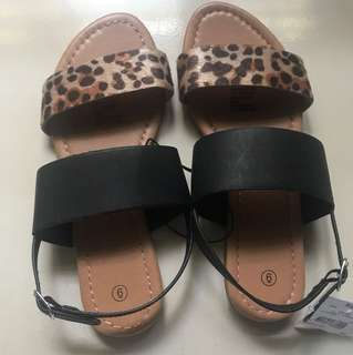 Black/Printed Casual Sandals (size 6)
