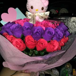 Customized Roses Bouquet