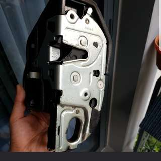 BMW 525 Driver door suction lock