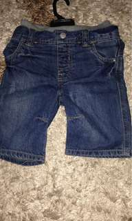 MOTHERCARE SHORT JEANS