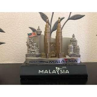 Malaysia Petrona metal souvenir