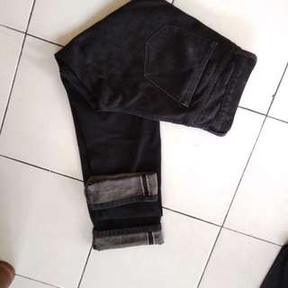 Celana panjang selvedge