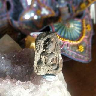Old Phra Buddha