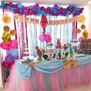 Party Backdrop & Dessert Table