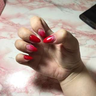 Red nails/ gradient nails