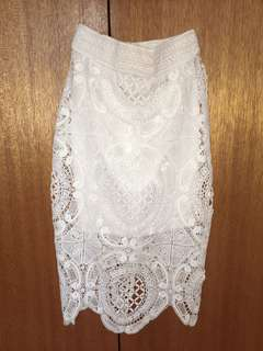 Lioness white embroidered pencil skirt