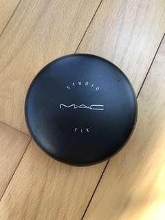 MAC Studio Fix Powder NC25