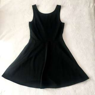H&M plain black dress