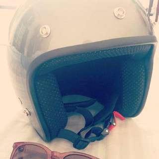 Nova Retro Helmet