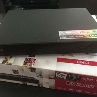 WTS: LG BP450 3D Bluray player