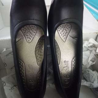 Boarwalk Black Shoes