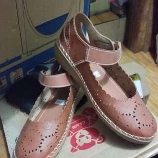 Sepatu wanita new size 40 dan 37