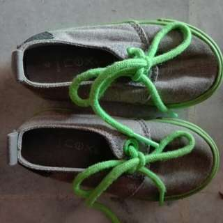 Next shoe